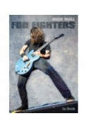 FOO FIGHTERS - Mick Wall (oprawa miękka)